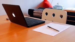 Tanulás online nyelviskola segítségével
