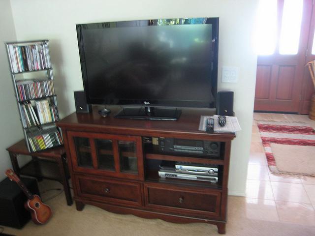 TV tartó konzol strapabíró kivitelben